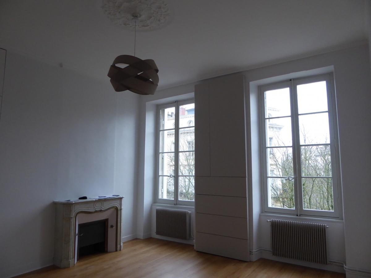 Immeuble aux Quinconces à Bordeaux 2018 : P1080369.JPG