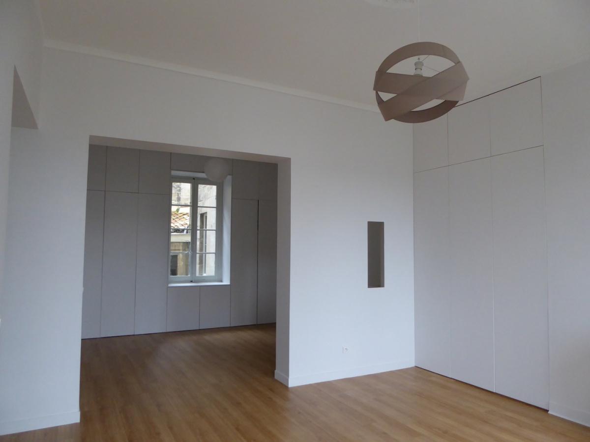 Immeuble aux Quinconces à Bordeaux 2018 : P1080370.JPG