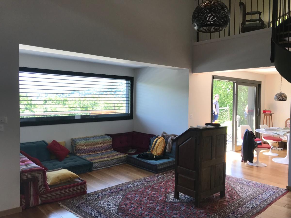 Maison individuelle à ossature bois BBC : Rdc salon