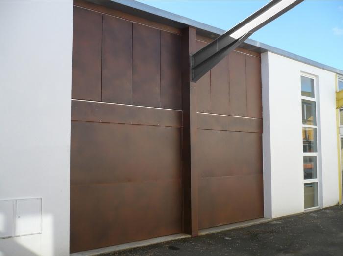 Maison-Loft à Bègles : facade fermée