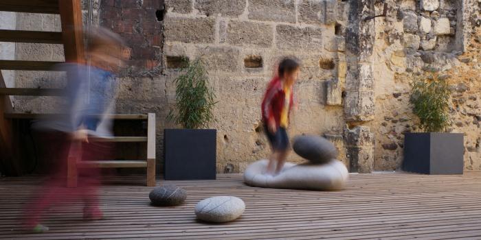 Habitat partagé à Bordeaux : Un espace de jeu pour les deux familles