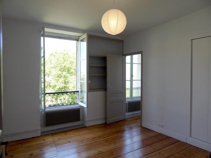 Immeuble aux Quinconces à Bordeaux 2018 : P1060560.JPG