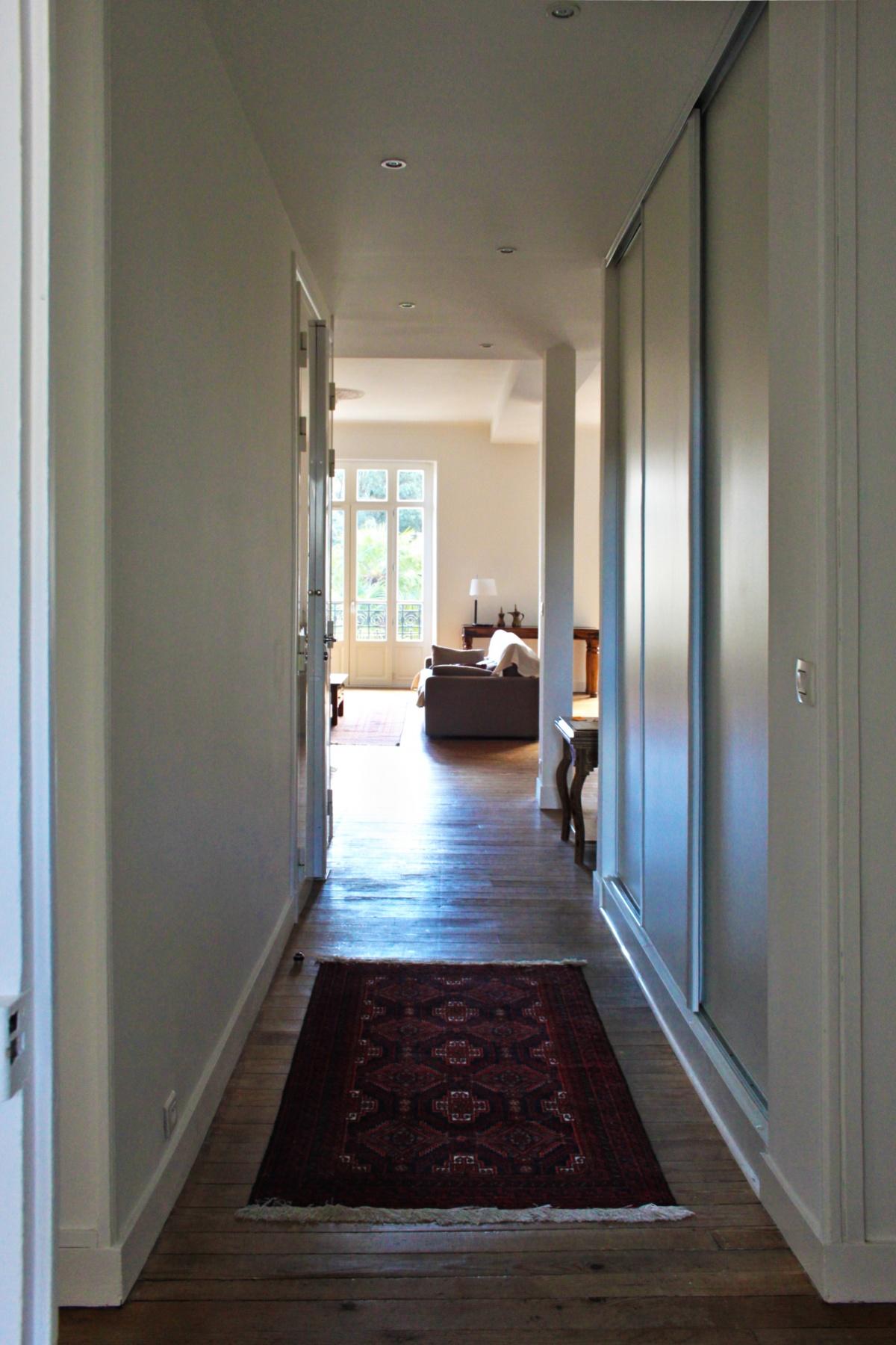 Rénovation d'un appartement de type haussmanien : 2 entrée.JPG